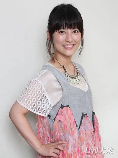 優しい笑顔の福田彩乃