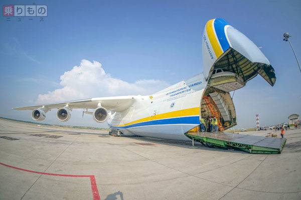 史上最大の飛行機、再生産か ウ...