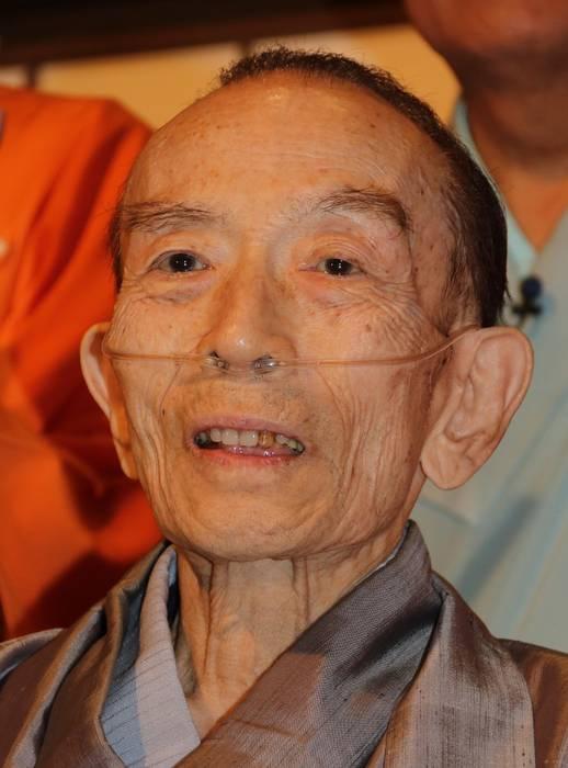 落語家の桂歌丸(かつら・うたまる、本名椎名巌=しいな・いわお)さんが2日午前11時43分、慢性閉塞性肺疾患のため、横浜 市内の病院で死去した。81歳だった。