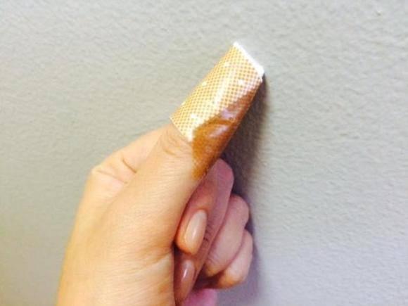 包丁で指を切っちゃった! 「10倍早く治す」という方法を試してみました(Pouch) - グノシー