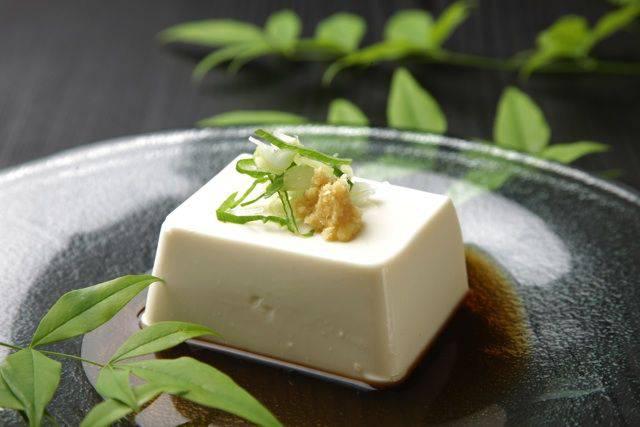 木綿豆腐と絹ごし豆腐の栄養の違いって?